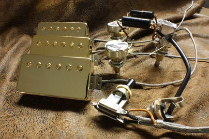 vintage style 3 humbucker les paul custom harness with nos sprague  bumblebees and a push-pull pot that introduces the middle pickup in any  position